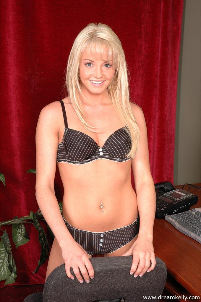 Kelly lingerie dream